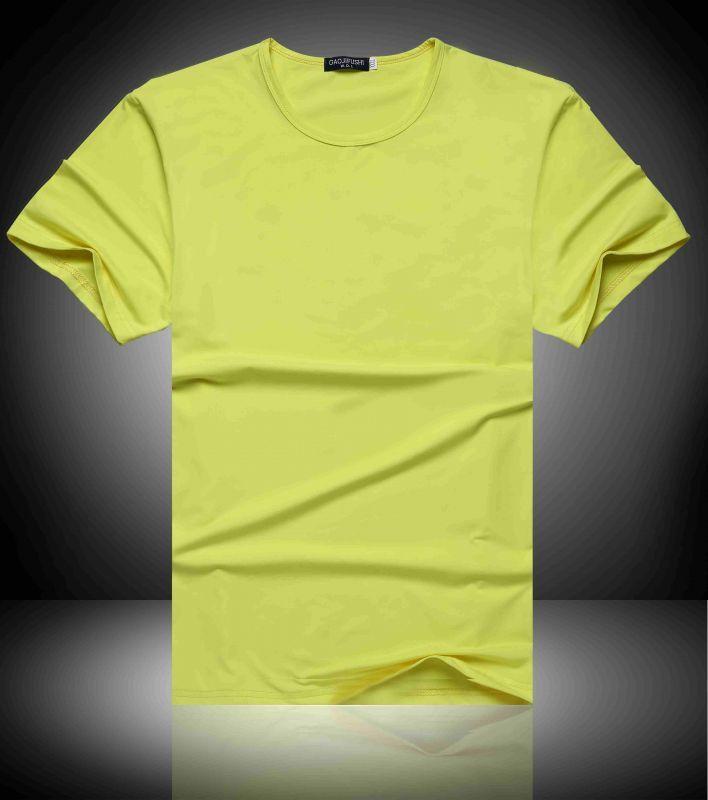 polo短袖t恤的特色和搭配