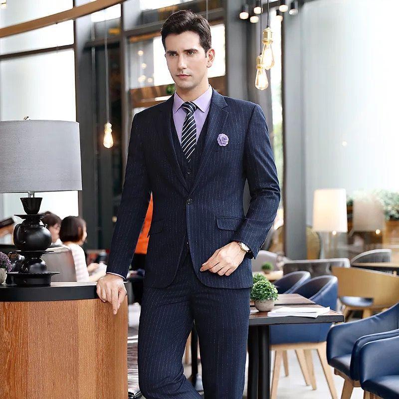 东莞服装厂为您介绍专业定制西装穿着的注意事项